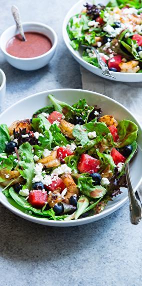 Ave, Caesar salad